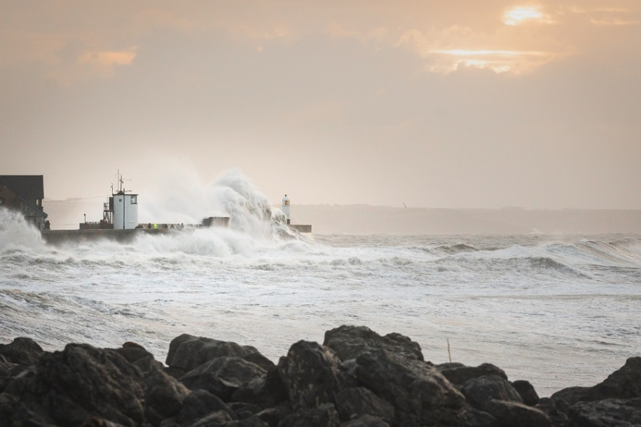 storm ciara makes waves at Porthcawl, UK